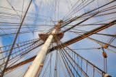 Old ship's masts — Stock Photo