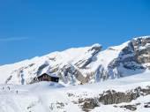 Paisagem de inverno nos Alpes suíços — Fotografia Stock