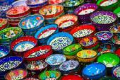 Turkish ceramics on the Grand Bazaar — Stock Photo