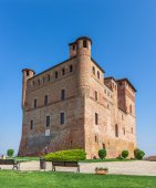 Castle of Grinzane cavour in Italy. — Stock Photo