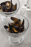 Mussel with tomato sauce in a cocktail glass — Foto Stock
