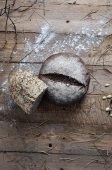 Retro Vintage Brot auf die hölzerne — Stockfoto