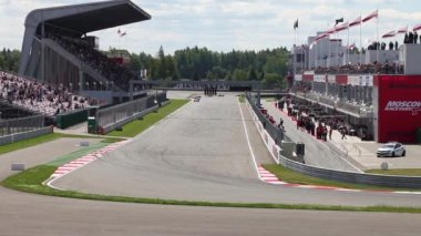 Racing lap of Formula Renault 2.0  in Moscow Raceway — Stock Video