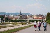 Tourists in Vienna — Stock Photo