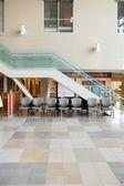 Интерьер вестибюля больницы — Стоковое фото