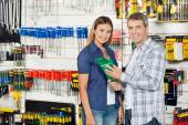 Couple Buying Product In Hardware Store — Stock Photo