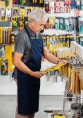 Salesperson Working In Hardware Store — Stock Photo