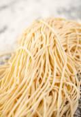 Boiled Spaghetti Pasta On Counter — 图库照片