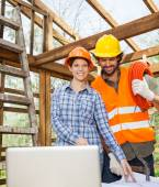Architect Working With Construction Worker At Site — Stock Photo