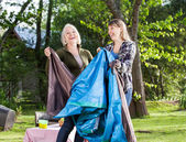 Cheerful Mother And Daughter Assembling Tent In Park — Stock Photo