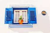 Blue window, part of Skiathos Old Town generic architecture — Stock Photo