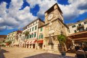 Piazza of the arms, Kotor old town, Montenegro (April 10th 2015) — Stock Photo
