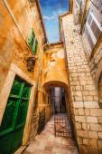 A wide angle shot of generic architecture in Kotor Old Town, Montenegro — Stock Photo