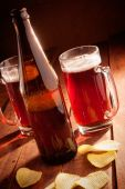 Beer mug and bottles — Foto de Stock