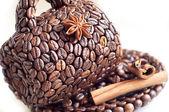 Pohár z kávových zrn — Stock fotografie