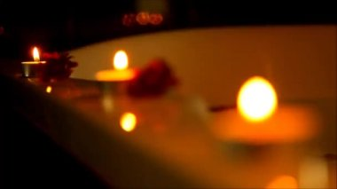 Spa accessories for treatments at the spa salon with candles — Stock Video