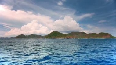 Islands in the Ocean — Stock Video