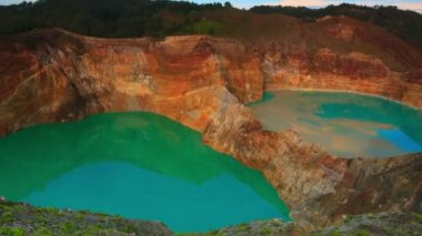 Kelimutu lakes — Stock Video