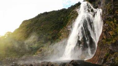 View on Lady Bowen Falls — Stock Video