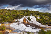 Orakei Korako geotermal valley — Stock Photo