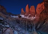 Torres del paine before sunrise — Stock Photo