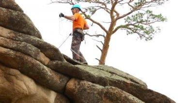 Rock climber — Stock Video