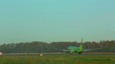 Takeoff. Climb Airplane — Stock Video