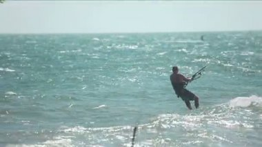 Kite surfer — Stockvideo