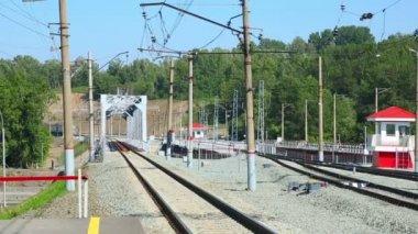 Suburban train — Stock Video