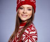 Winter slavic girl — Stock Photo
