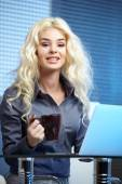 Business woman working at her office — Stock Photo