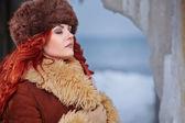 Portret młodej kobiety zima — Zdjęcie stockowe