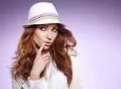 Beautiful woman wearing hat — Stock Photo