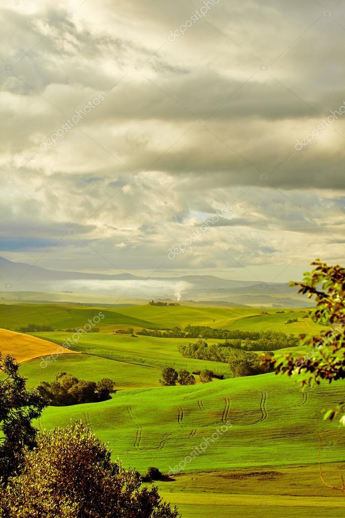 Фотообои Тоскана, сельский пейзаж, закат.