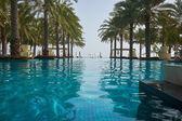 Swimming pool of luxury hotel — Zdjęcie stockowe