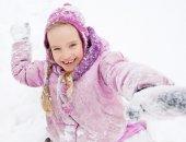 Child in winter — Stock Photo