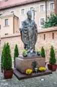 Monument to John Paul II in Krakow — Stock Photo