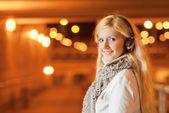 Portrait of girl with earphones — Stock Photo