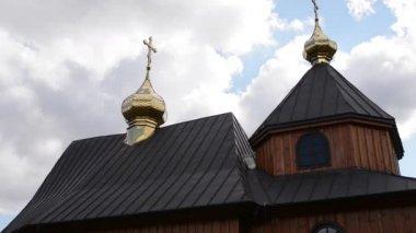 Church of St. Kosma and Damian in Czeremcha — Stock Video