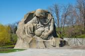 Monument of Grieving Mother — Stock Photo