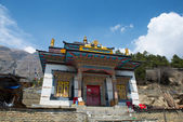 Buddhist temple in Upper Pisang — Stock Photo