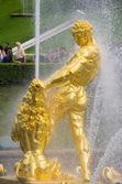 Samson fountain of the Grand Cascade — Stock Photo