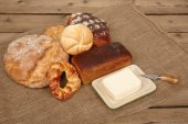Fresh bread and butter — Stock Photo