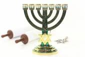 Menorah and Torah — Stock Photo