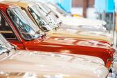 Auto rossa e bianca — Foto Stock