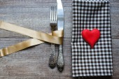 St. Valentine's festive table set — Stockfoto