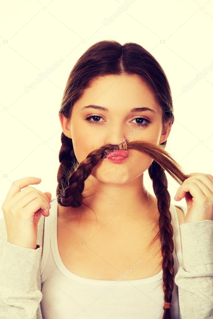 Как сделать усы из волос