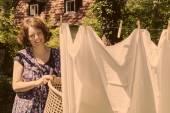 Hanging up the washing — Fotografia Stock