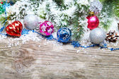 Christmas decorations in the snow — Stockfoto