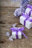 Gift boxes and blue hyacinth  — Stock fotografie